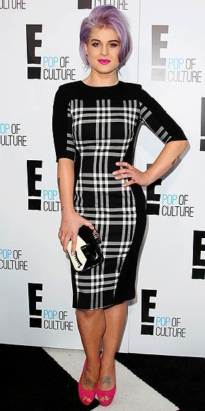 KELLY OSBOURNECluny Dresses, Kelly Osbourne Style, Red Carpets, Attraction People, Osbourne Photos, Kelly Osbourne Fashion, The Dresses, Carpets Appearances, Black And Whit Plaid