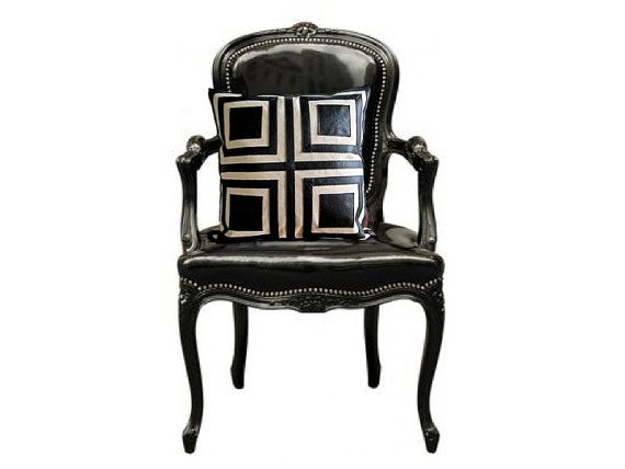 Coussin Cuir Noir et Coton / 18 X 18 / Art par RenaissanceCushions