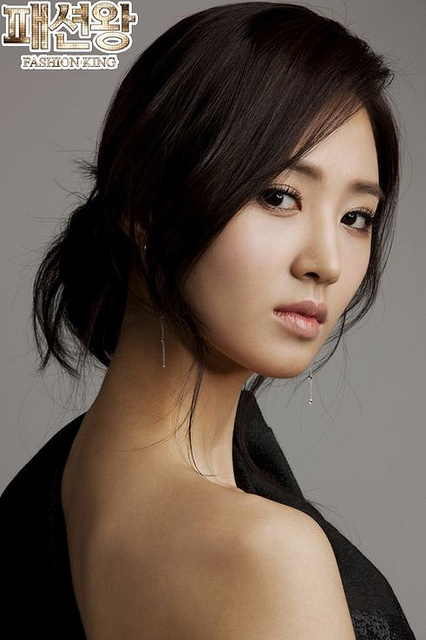 SNSD Yuri by ingjulianvega, via Flickr