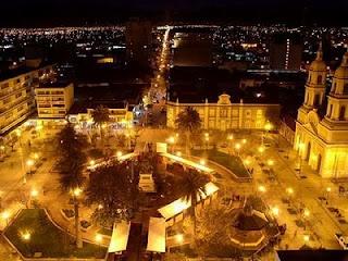 -Vista nocturna de la Plaza de Armas de Rancagua. Chile. -Night view of the square of Rancagua.