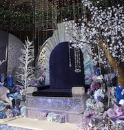 Visit the exquisite Swarovksi Crystal Garden at the Queen Victoria Building which envokes enchantment and delight. This magical installation runs from Saturday 17th December to Christmas Eve.