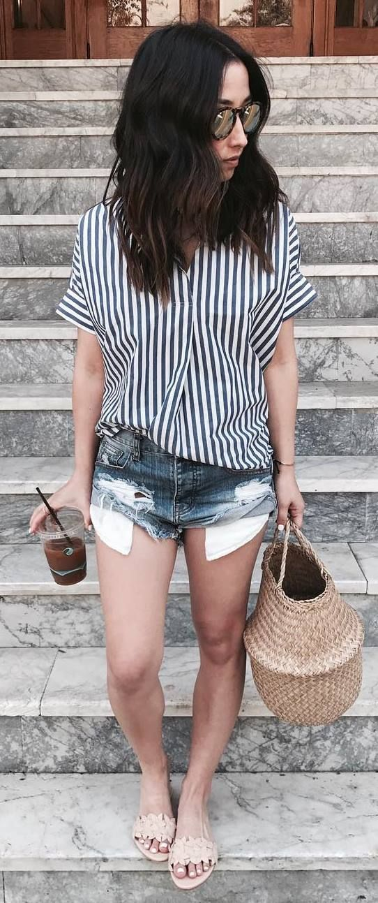 summer look: top + bag + shorts