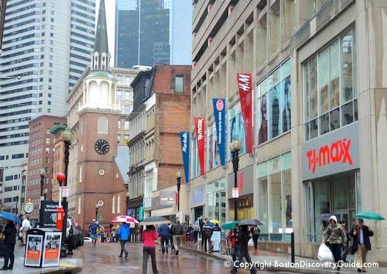 Downtown Crossing Boston in the rain / Boston Activities / www.boston-discovery-guide.com