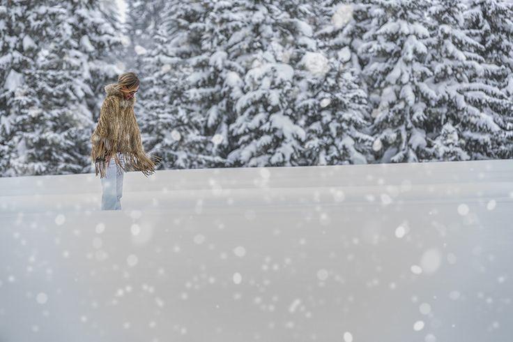 Sous la neige, Megève, France. Photographe: Steeves Ambill