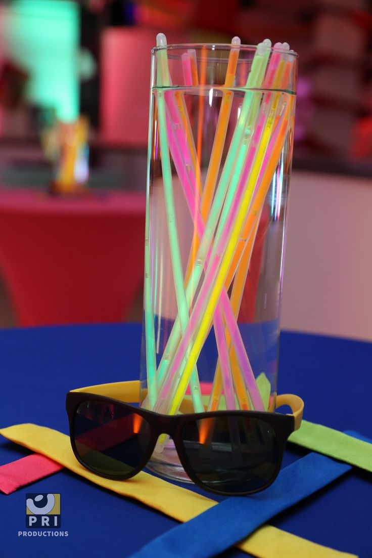 Quot Feel The Flashback Quot Glow Sticks And Sunglasses For A