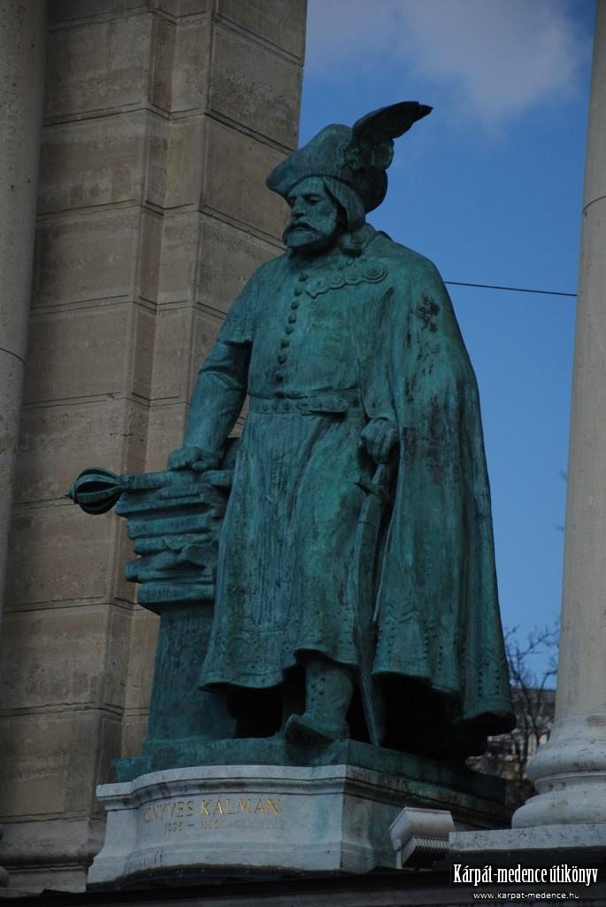 Könyves Kálmán, Árpád-házi magyar király szobra (uralkodása: 1095–1116 I. Géza fia)