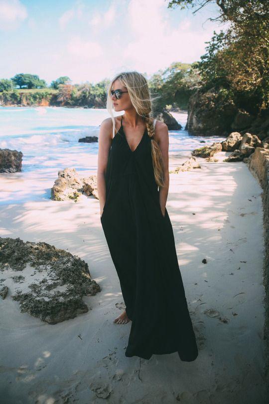 Black dress with loose braid