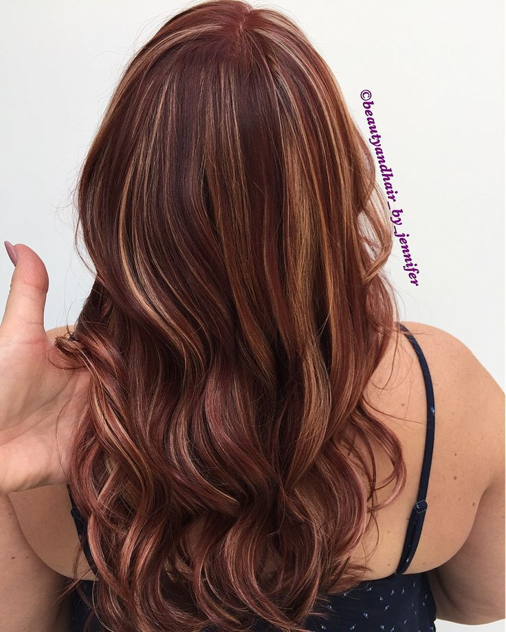 Red sangria and peach highlights.