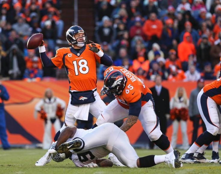 Peyton Manning - another day at the office - Broncos vs Raiders (12/28/14)