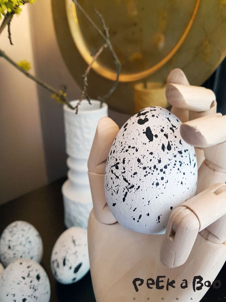 Nordic minimalisme for your easter decor. DIY by Peekaboo Design
