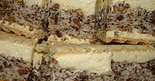 Uite cum se prepara prajitura Nașa: Ingrediente: Blatul: 12 albusuri o cana si jumatate de zahar (375 g) o cana si jumatate de faina (masori cu aceeasi cana) 1 praf de copt, un bol cu samburi nuca (200 g) 2...