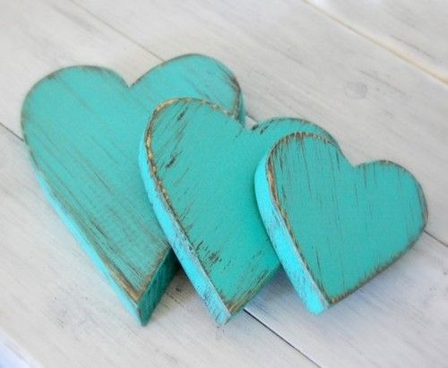 <3: Beds Rooms, Wooden Heart, Colors, Wood Signs, Tiffany Blue, Ana Rosa, Turquoi, Shabby Chic Cottages, Vintage Rose