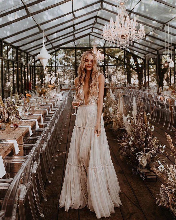 #bohemianbride #weddinginspiration #weddingideas #…