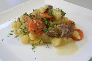 Irsk stuvning med kartofler løg og gulerødder 4