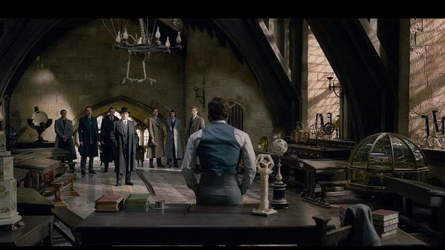 New Fantastic Beasts Trailer Hints At Meaning Behind Age Old Harry