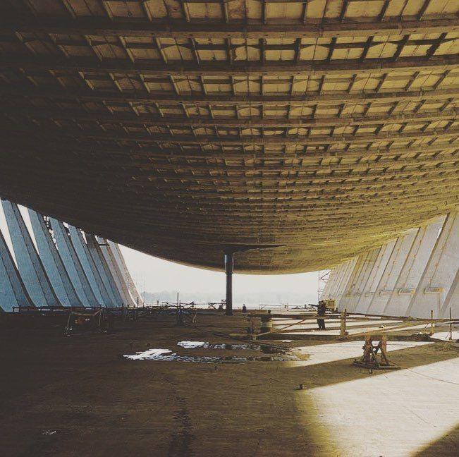 Eero Saarinen, Washington Dulles International Airport, 1962.