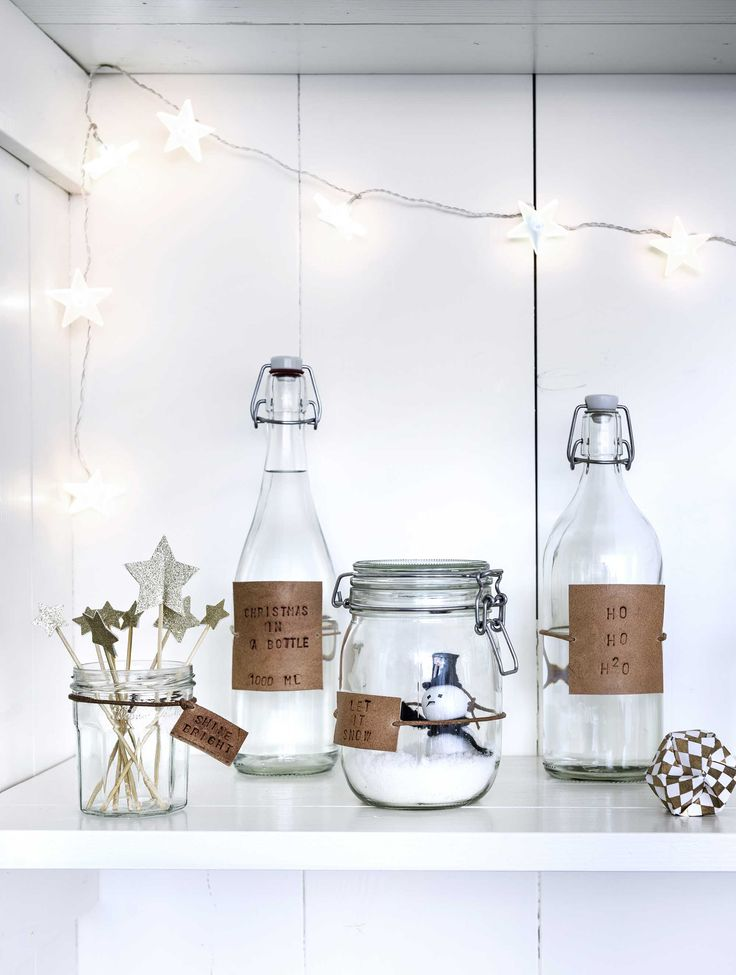 DIY (not just for) Christmas decoration - glass with leather labels > vtwonen Kerst