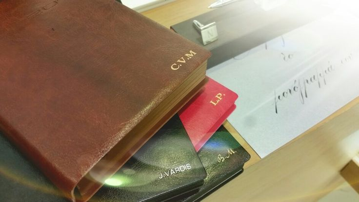 Personalized leather diaries by Type Center from 17€. Available in all Type Center stores.
