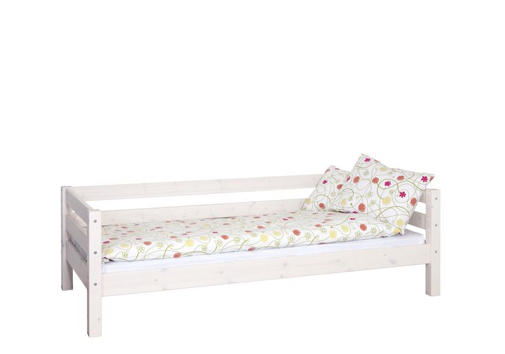 Jerry Einzelbett  Wenn der Platz knapp ist oder zwei Kinder sich ein Zimmer teilen müssen ist ein Hochbett immer eine gute Idee. Dank der verschiedenen Materialien, Farben und Designs lässt sich das Hochbett...  #kinder #kinderzimmer #kinderbett