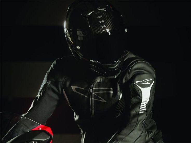 Nexx Carbon Zero - uma nova gama de capacetes de motociclismo em fibra de carbono