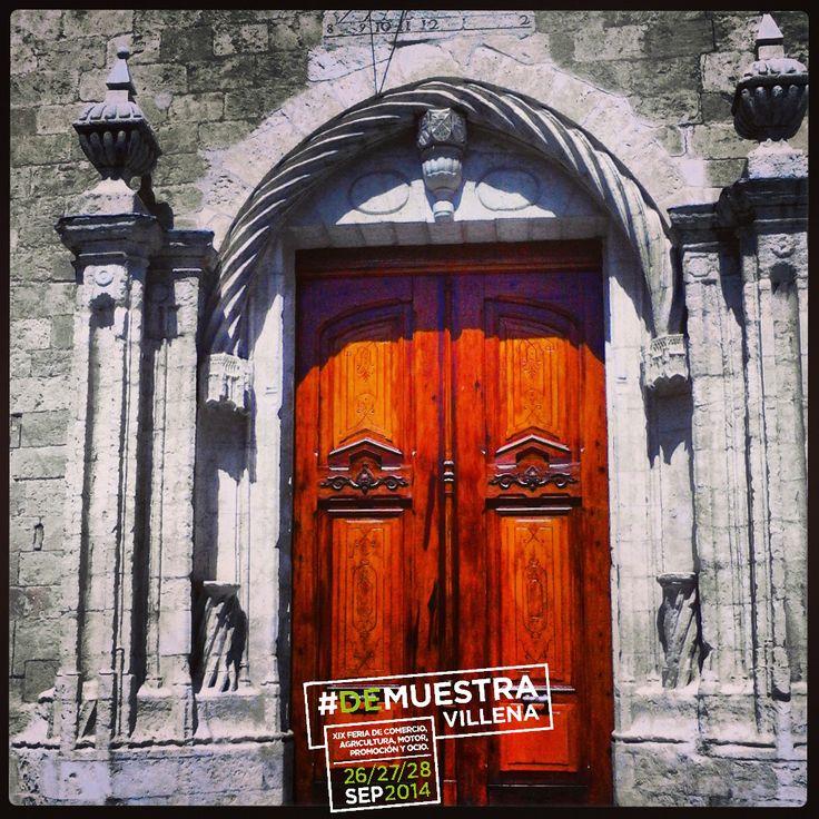 Puerta principal de la Iglesia de Santiago.  #DeMuestraVillena #Villena www.muestravillena.villena.es www.facebook.com/Muestravillena @muestravillena