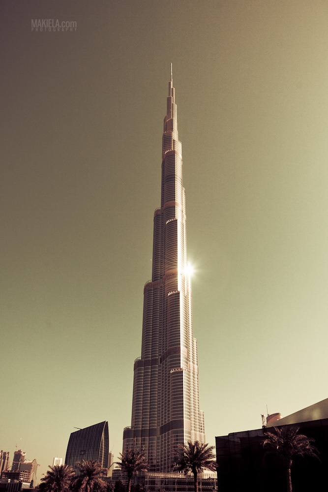 Burj Khalifa Dubai. Architecture. 828 m / 2716 feet :D  www.makiela.com