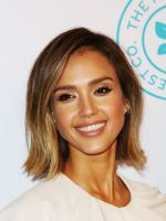 The Truth About Jessica Alba's Honest Company Sunscreen  #refinery29