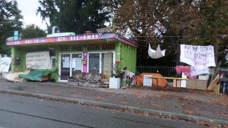 Besetzter Kiosk