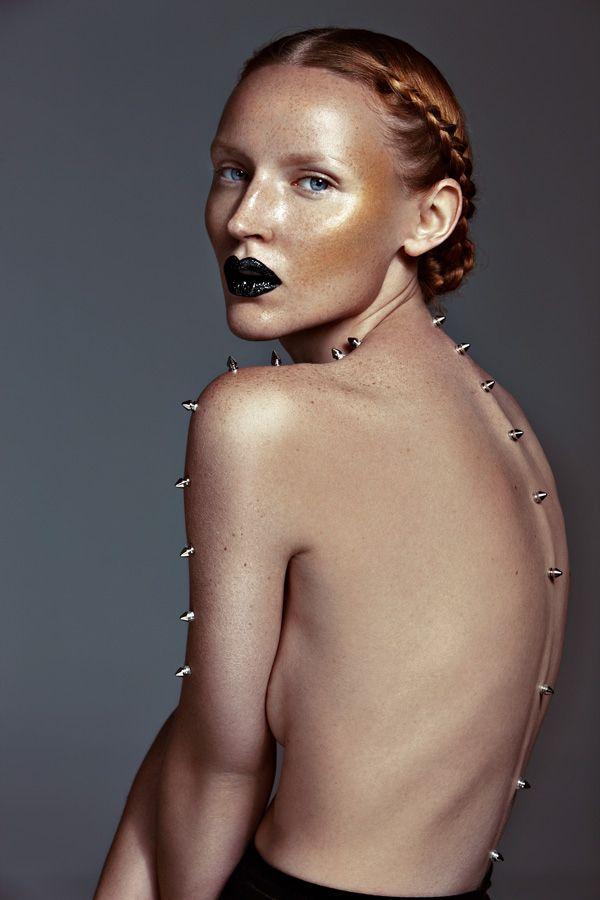 Photography: Aysha Remeithi  Model: Sylwia @ Apple Models  Makeup: Wansook B.  Hairstylist: Kitty  Styling: PonyStone (Bom)