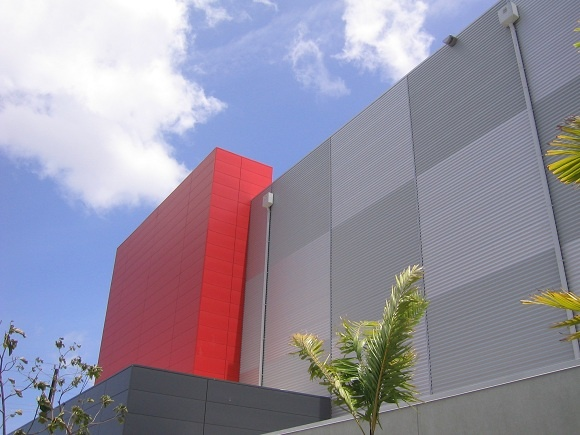 Superior Diamond Head Self Storage Uses A Mix Of Vertical And Horizontal Kingspan  Insulated Metal Panels.
