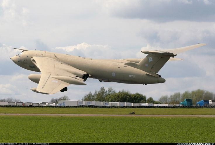 Handley Page HP-80 Victor K2 - UK - Air Force | Aviation Photo #1525010 | Airliners.net