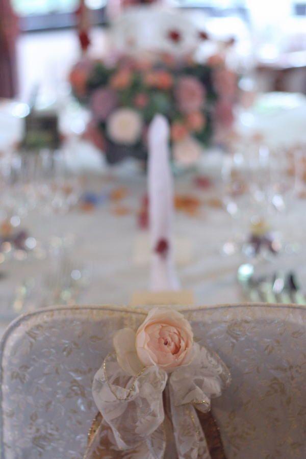 400のバラの花で  山手西洋館様へ : 一会 ウエディングの花