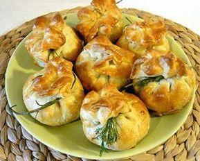 Aperitiv delicios pentru masa festivă – punguțe din aluat foietaj cu umplutură suculentă! - Retete-Usoare.eu