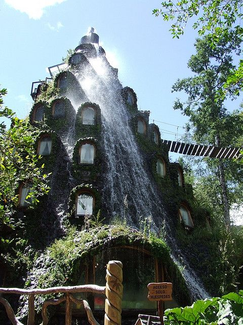 Montana Magica Lodge – Chile. 101 Most Magnificent Places Made By Nature Or Touched by a Man Hand (part 1)