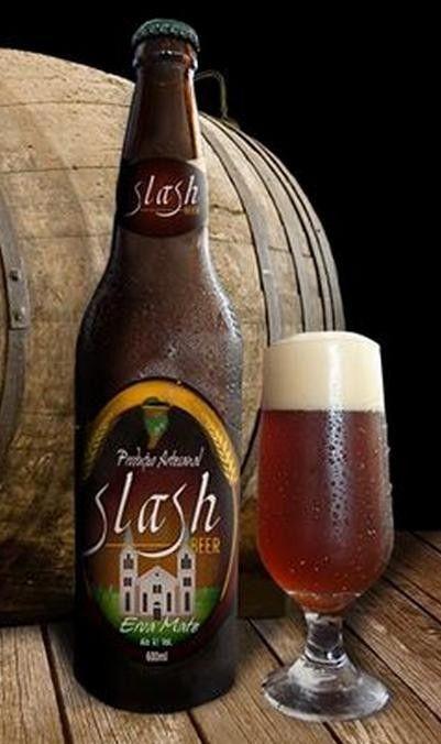 Cerveja Slash Beer Erva Mate, estilo Spice/Herb/Vegetable Beer, produzida por Slash Beer, Brasil. 6.1% ABV de álcool.