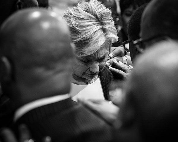 Hillary Clinton Health Deteriorating? Clinton Diagnosed With Pneumonia - http://www.morningledger.com/hillary-clinton-health-deteriorating-clinton-diagnosed-with-pneumonia/13101340/