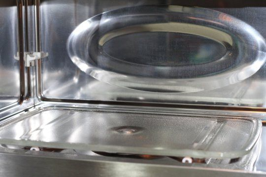 Tip para limpiar el microondas 6