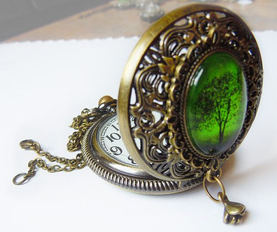 Hey, I found this really awesome Etsy listing at https://www.etsy.com/listing/126607022/emerald-bewitched-wearable-art-pocket