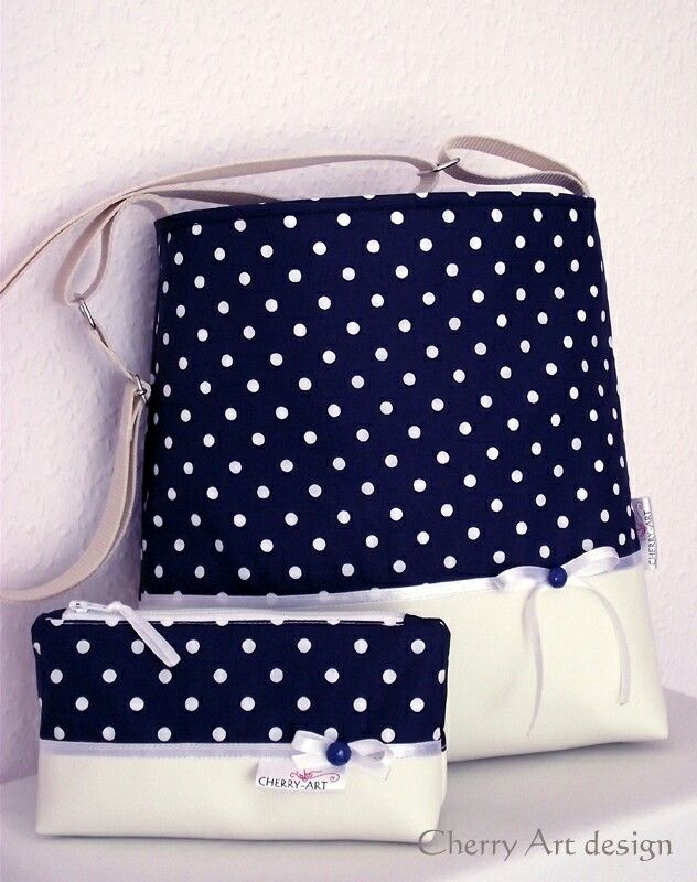 Summer bag with white ribbon