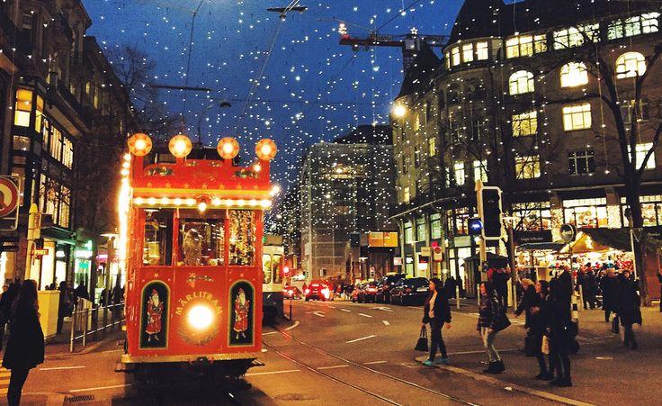 Eine (Winter-) Reise wert: Zürich ist in der kalten Jahreszeitnochschönerund romantischer als sonst.