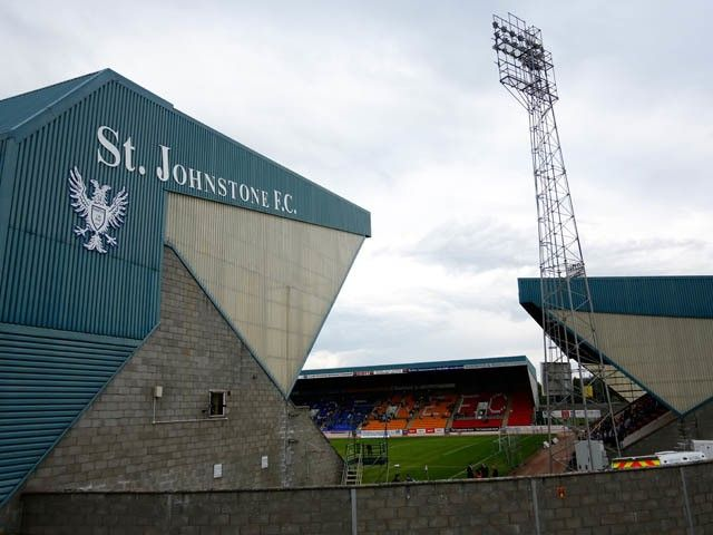St Johnstone captain Dave Mackay announces retirement from professional football