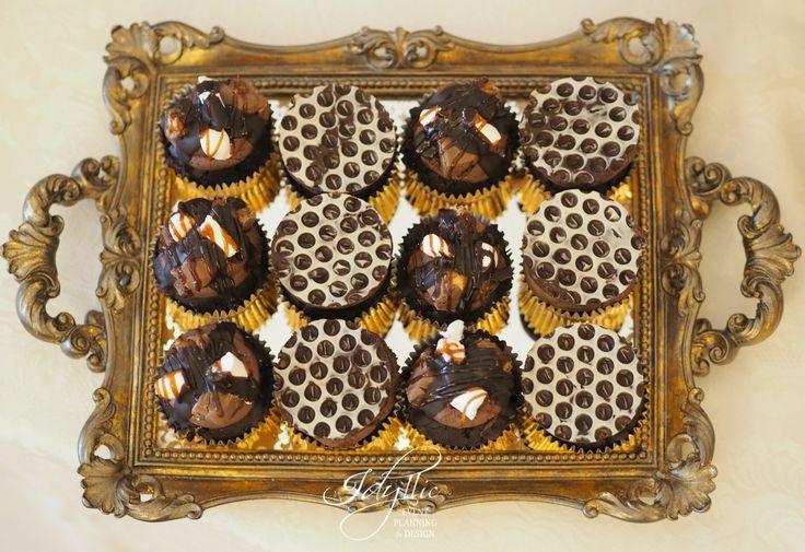 cupcakes design for an elegant wedding / productie si design Idyllic Events