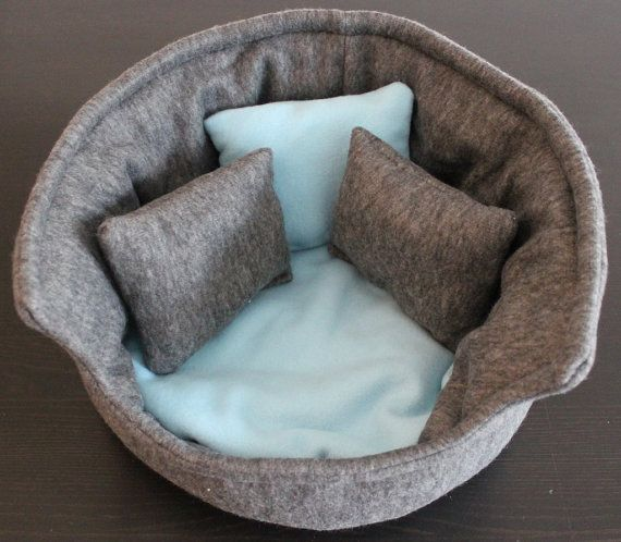 Large cuddle cup. Pet sofa. Rabbit and guinea pig by TheHoghouse