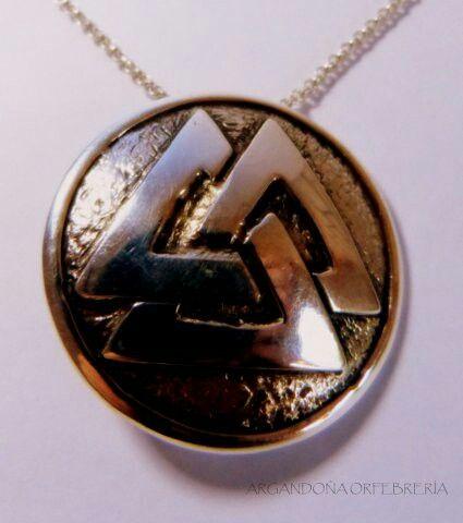 Viking medallion, silver 9.50