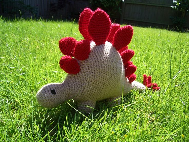 Ravelry: hello stegosaurus pattern by The Button Ship ...