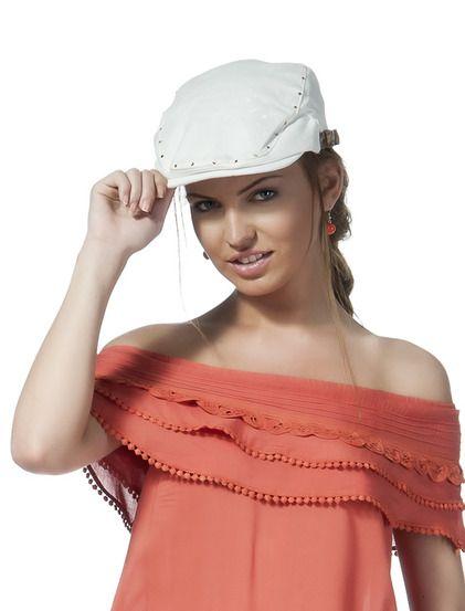 Καπέλο Σέρι - Μοντέρνο καπέλο από μαλακό πλεκτό ύφασμα, κατάλληλο για καθημερινή χρήση. Έχει ψιλό βότσαλο και δύο δερμάτινα λουράκια για να ρυθμίσετε τη διάμετρο. 7.99 € #kapelo #accessories