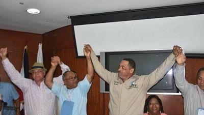 Olivo de León es postulado por tercera vez para presidencia CDP