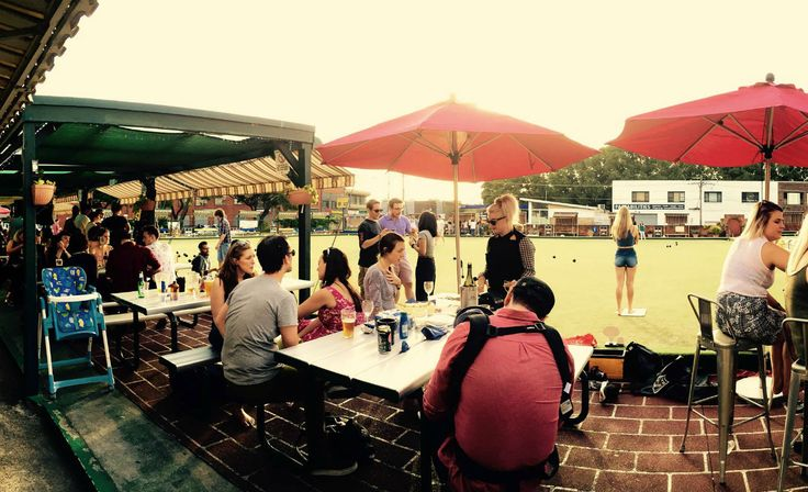 BAREFOOT BOWLS AND LIVE MUSIC GIGS AT MARRICVILLE BOWLS CLUB