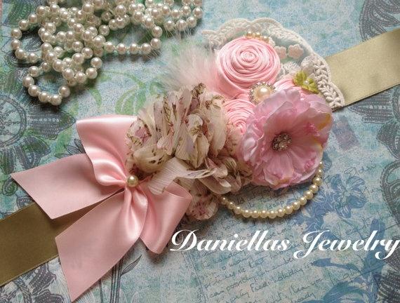 Maternity sash/Belly Bouquet /it's a by Daniellasjewels on Etsy, $38.95