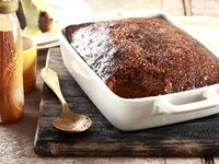 Napkins at the ready for this decadent pudding! Serves: 6 Preparation: 10 min Cooking: 50 min  200...